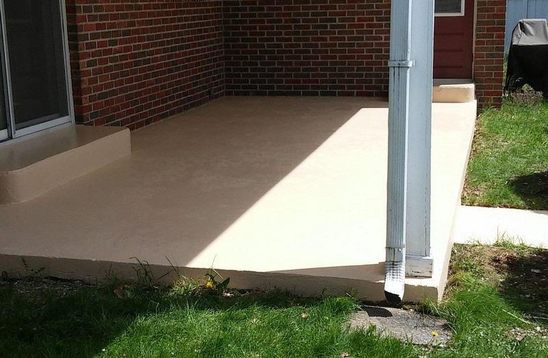 Nettoyer un plancher de patio en béton