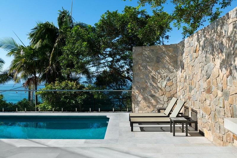 dallage piscine pierre calcaire