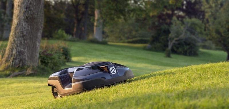 Tondre son herbe avec un robot